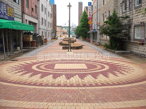 广场砖铺装